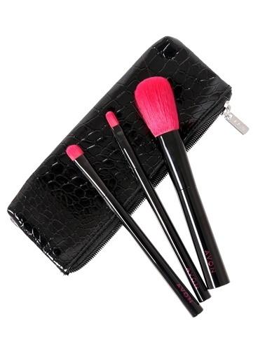 Avon Deri Çantalı 3'lü Fırça Seti  Renksiz